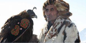 Mongolei, Jäger mit Jagsvogel